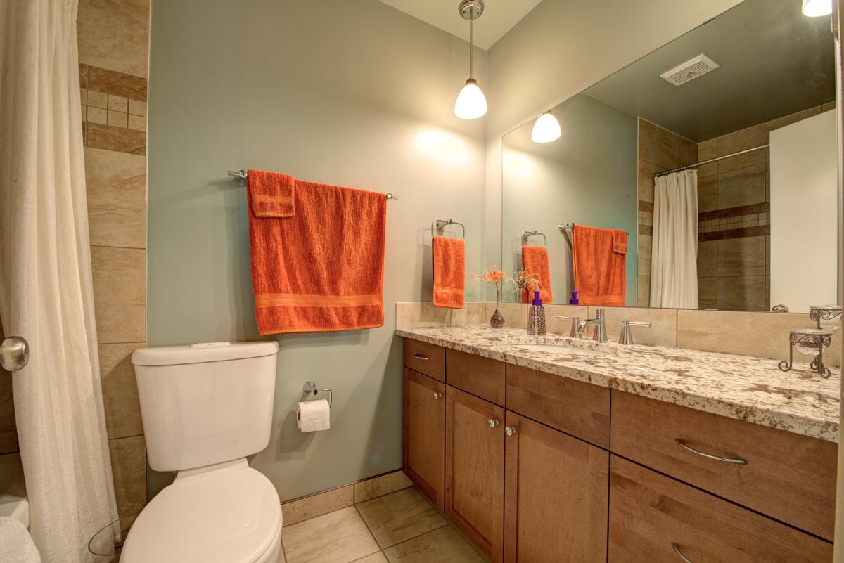 Premium custom bathroom renos calgary for Custom bathroom renovations