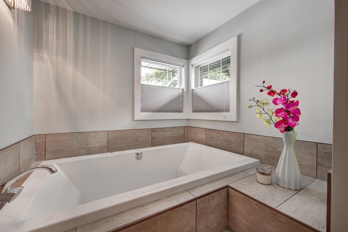 quality custom bathroom renovations calgary